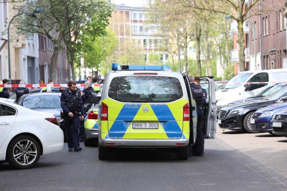 Die Polizei war mit zahlreichen Einsatzkräften vor Ort in Düsseldorf.