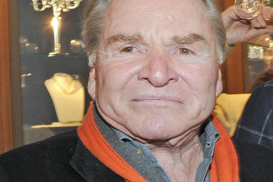 Fritz Wupper (77) redet regelmäßig mit seinem toten Vater.