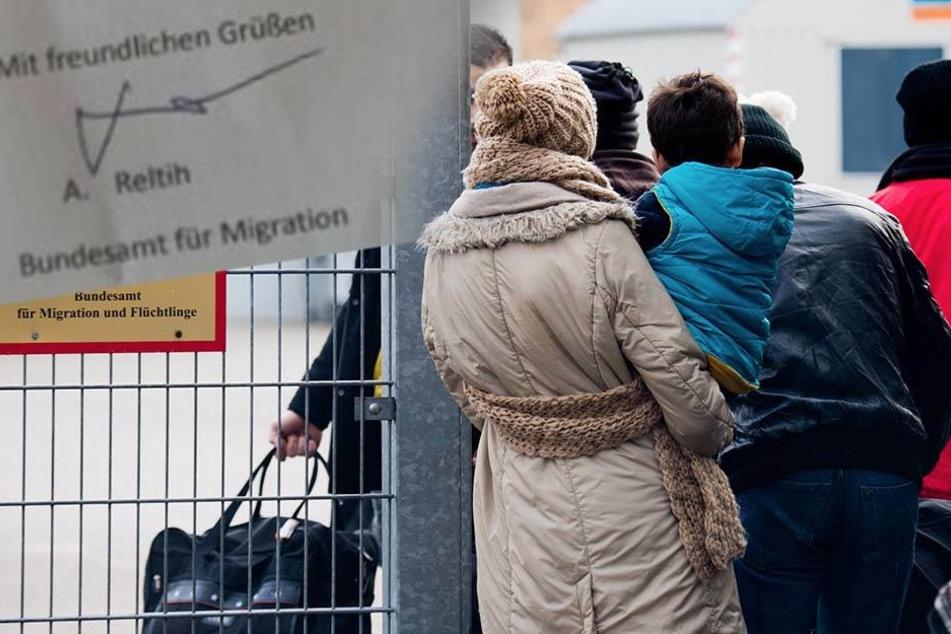 Gefälschter Asylbescheid mit