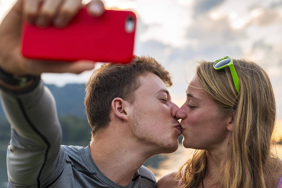 Patrick und Laura werden in Deutschland am meisten bei Tinder nach rechts gewischt.