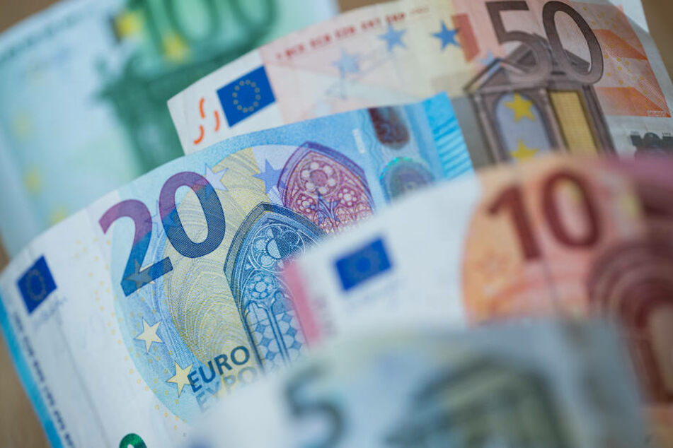 Laut Polizei ist der Firma ein Schaden von rund 100.000 Euro entstanden (Symbolbild).