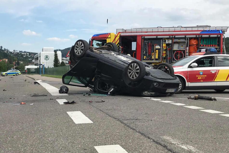 Biker stirbt nach Horror-Crash mit VW, Säugling schwer verletzt