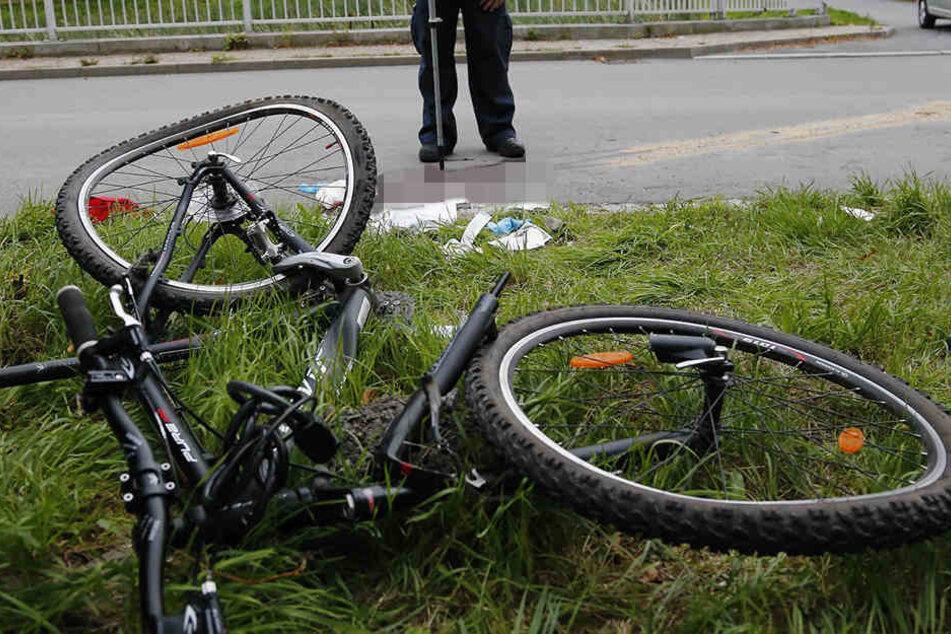 Ein 46-Jähriger ist mit seinem Rad gestürzt und hat sich den Kopf aufgeschlagen.