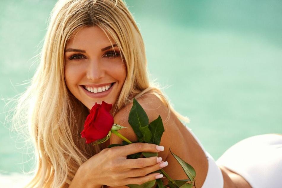 Gerda Lewis wird die Bachelorette 2019 bei RTL und darf sich mit 20 Männern vergnügen.