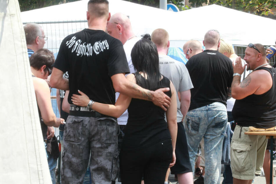"""In Thüringen gibt es immer mehr Rechtsrock-Konzerte wie """"Rock für Deutschland""""."""