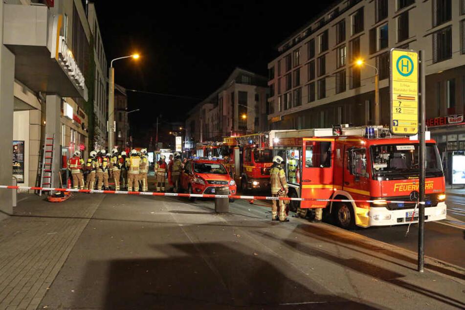 Die Feuerwehr musste anrücken und den schmorenden Verteiler mit Kohlendioxid löschen.