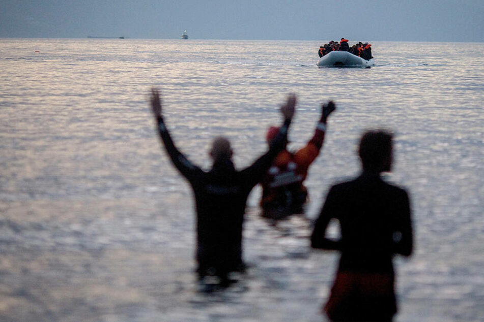 Wieder sind im Mittelmeer Flüchtlinge ums Leben gekommen. (Symbolbild)