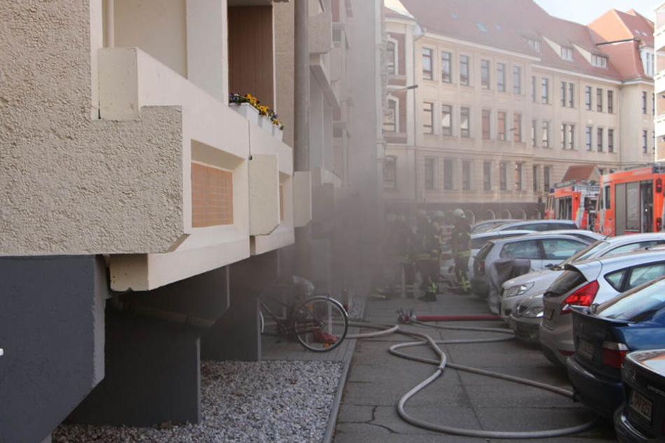 Die Polizei kann Brandstiftung nicht ausschließen.
