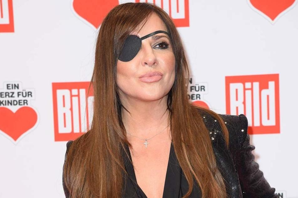 Simone Thomalla - wie eine waschechte Piratenbraut.