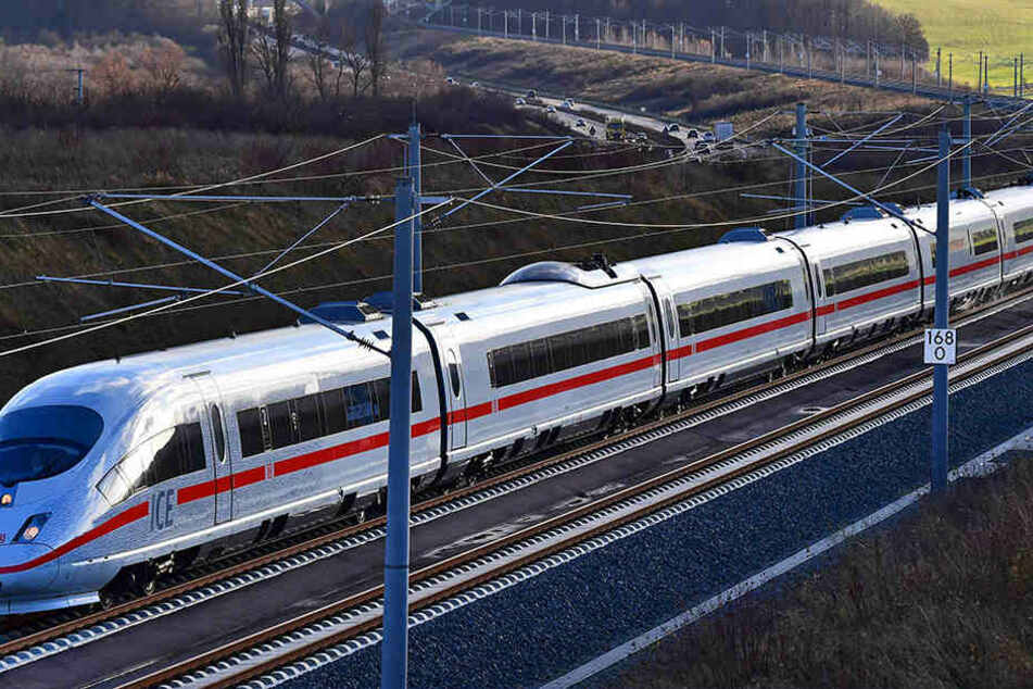 Die ICE-Züge fahren mit bis zu Tempo 300.