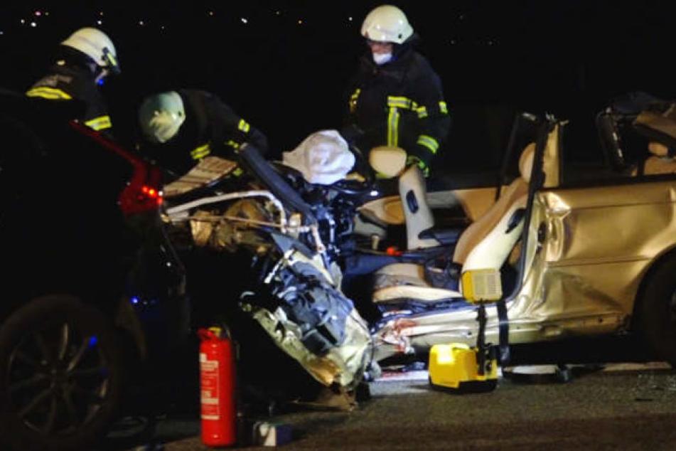 Für den Geisterfahrer kam jede Hilfe zu spät. Er verstarb noch an der Unfallstelle.