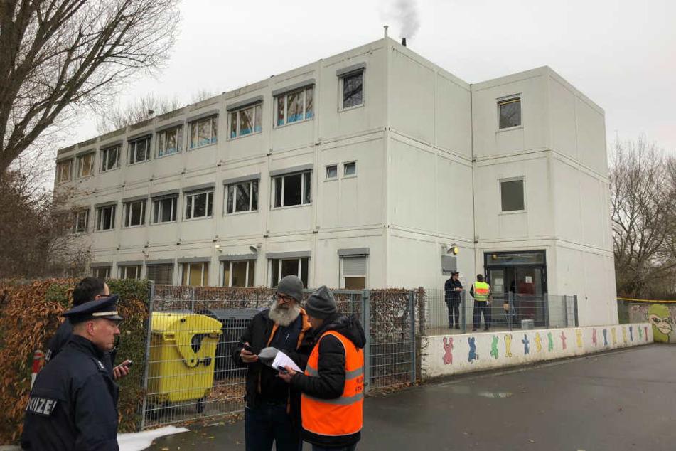 In einer Schule in Fürth ist am Dienstag ein Feuer ausgebrochen, es gibt Verletzte.