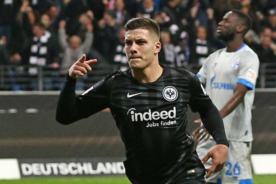 Luka Jovic war einer der Matchwinner und steuerte zwei Treffer zum Sieg gegen den FC Schalke bei.