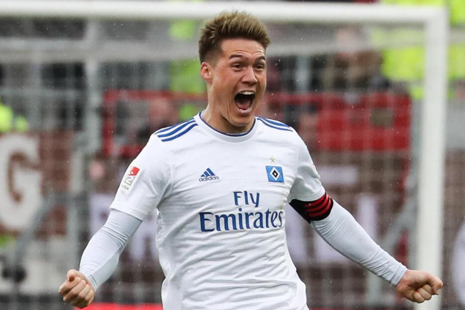 Zeigt der HSV am Montag gegen Magdeburg wieder große Emotionen wie hier Gotoku Sakai nach einem Treffer?