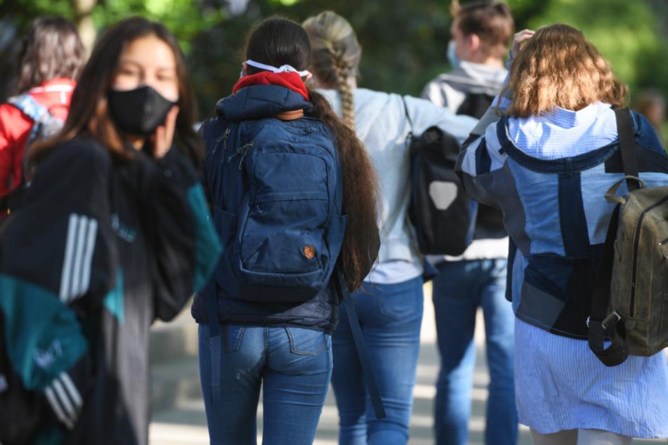 Frankfurt: Coronavirus in Frankfurt und Hessen: Antigen-Schnelltests können Schulbetrieb sicherer machen