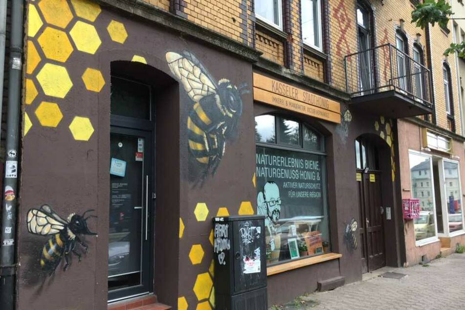In diesem Geschäft befand sich 2006 das Internetcafé von Halit Yozgat, in dem er erschossen wurde.