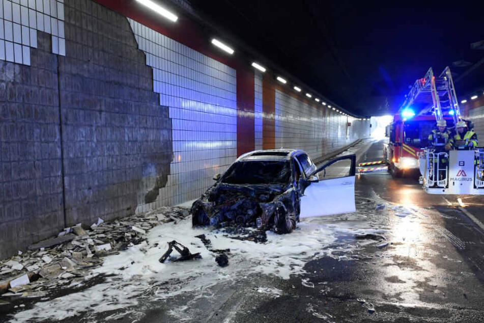 München: Auto-Brand im Landshuter-Allee-Tunnel