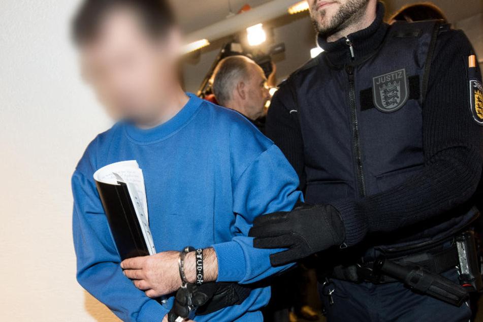 Der angeklagte rumänische Lkw-Fahrer hat die Tat bereits gestanden.