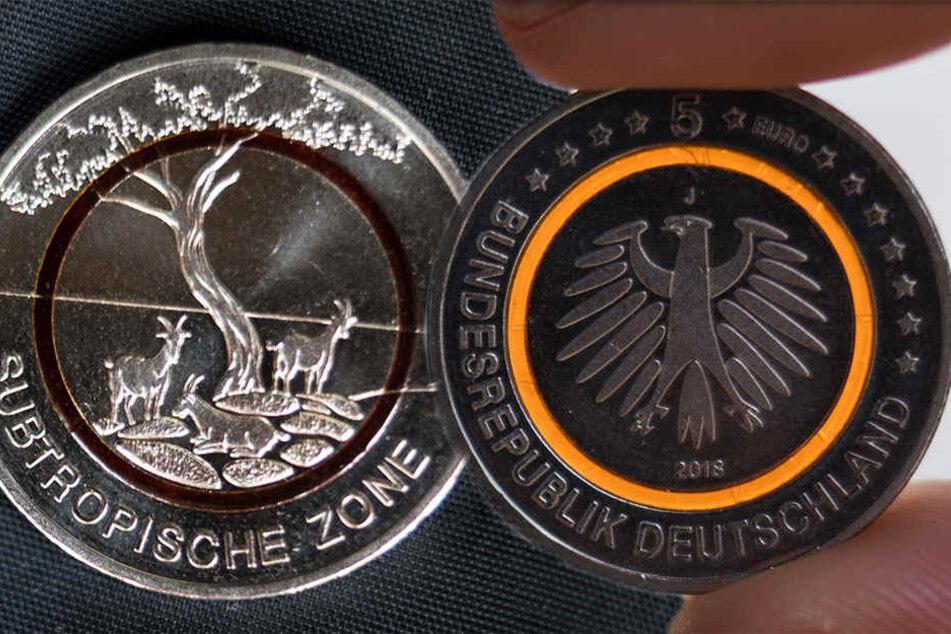 Für diese heiß begehrte 5-Euro-Münze standen etliche Leipziger Schlange.