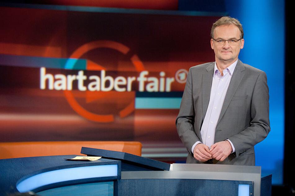 "Frank Plasberg moderiert seine ARD-Talkshow ""hart aber fair""."