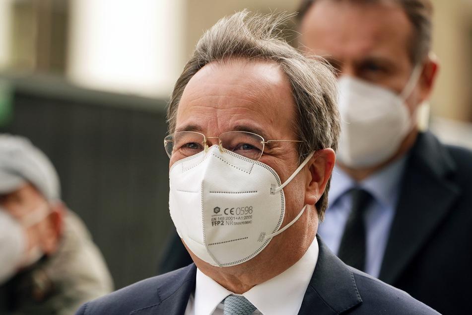 In keinem anderen Bundesland wird nach Angaben von Ministerpräsident Armin Laschet (CDU) so viel gegen die Ausbreitung des Corona-Virus getestet wie in NRW.