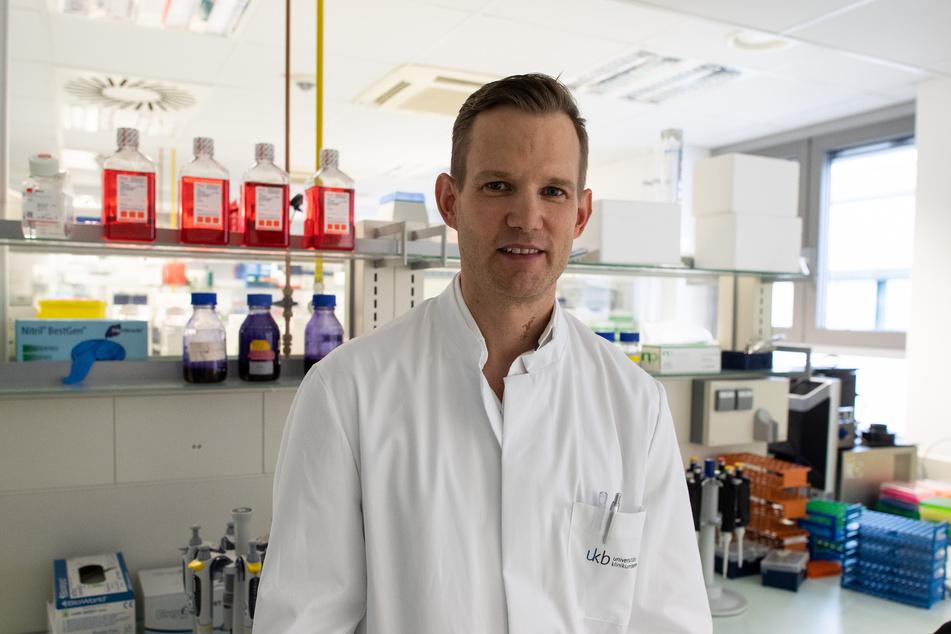 Professor Hendrik Streeck ist Direktor des Institut für Virologie an der Uniklinik in Bonn.
