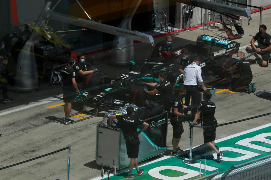 Rennen ins Ungewisse: Formel 1 startet die Corona-Saison