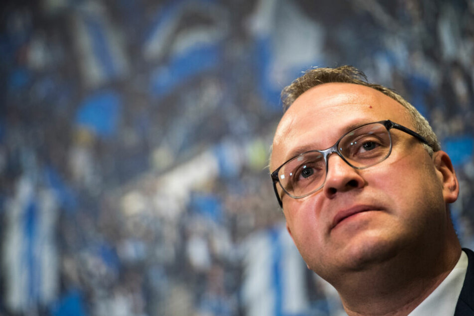 Frank Wettstein ist Finanzvorstand des HSV und ist zufrieden mit dem Verkauf der neuen Fan-Anleihe.