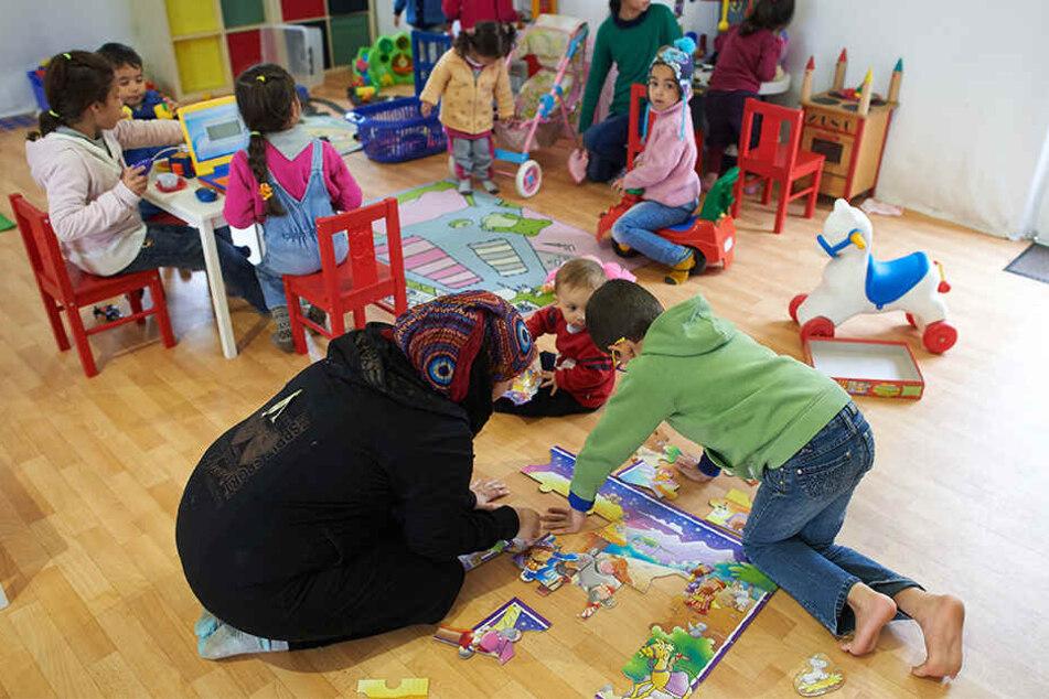 Ab sofort gibt es ein abgespecktes Bildungsangebot für Flüchtlingskinder in Erstaufnahmeeinrichtungen.