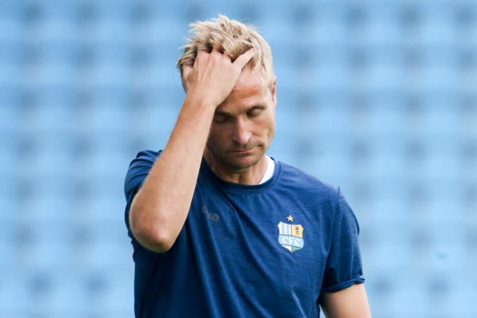 Trainer David Bergner wollte nach dem 0:1 gegen 1860 nicht mehr und legte am 4. September sein Amt nieder - auf eigenen Wunsch!