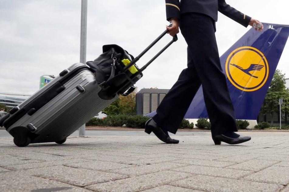 Die Lufthansa beförderte im Jahr 2019 rund 145,2 Millionen Passagiere. (Symbolbild)