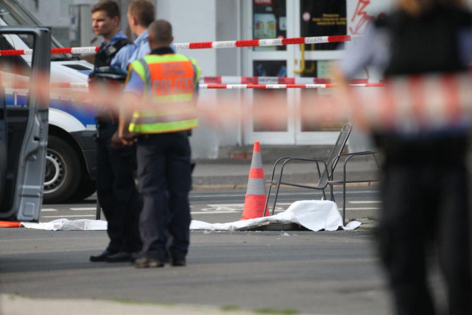 Immer wieder kommt es auf der Eisenbahnstraße zu gewalttätigen Auseinandersetzungen, bei denen gefährliche Gegenstände zum Einsatz kommen.