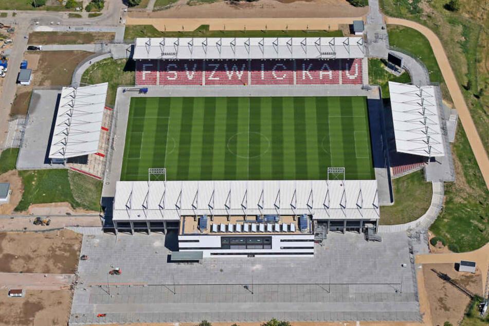 """Das Zwickauer Stadion heißt nun """"GGZ Arena""""."""