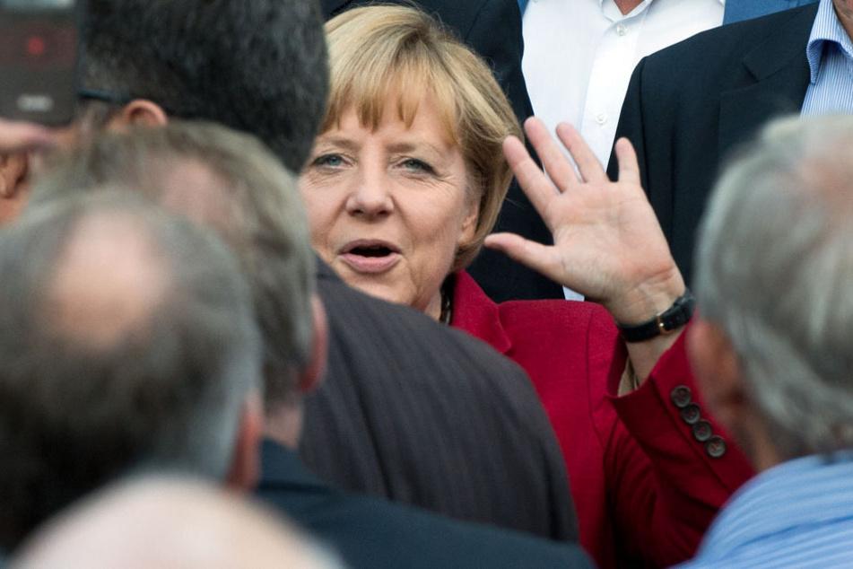 Gruß an die Wähler: Angela Merkel kommt nach Heppenheim.