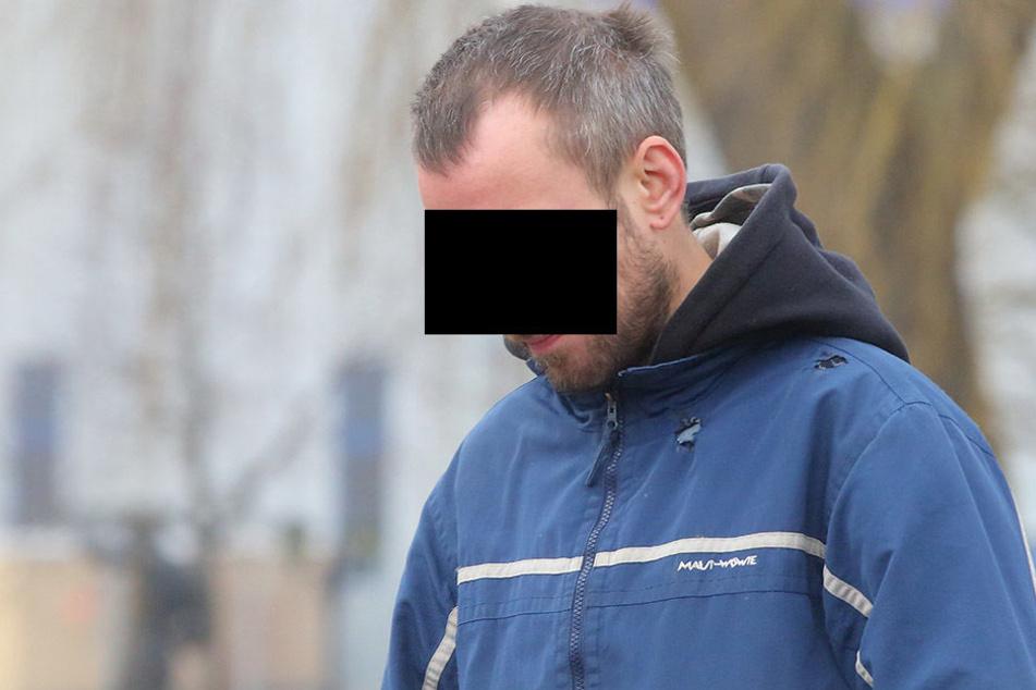 Thomas S. (32) aus Großenhain hat gefährliche Geschosse ausgegraben. Nun wurde er verurteilt.