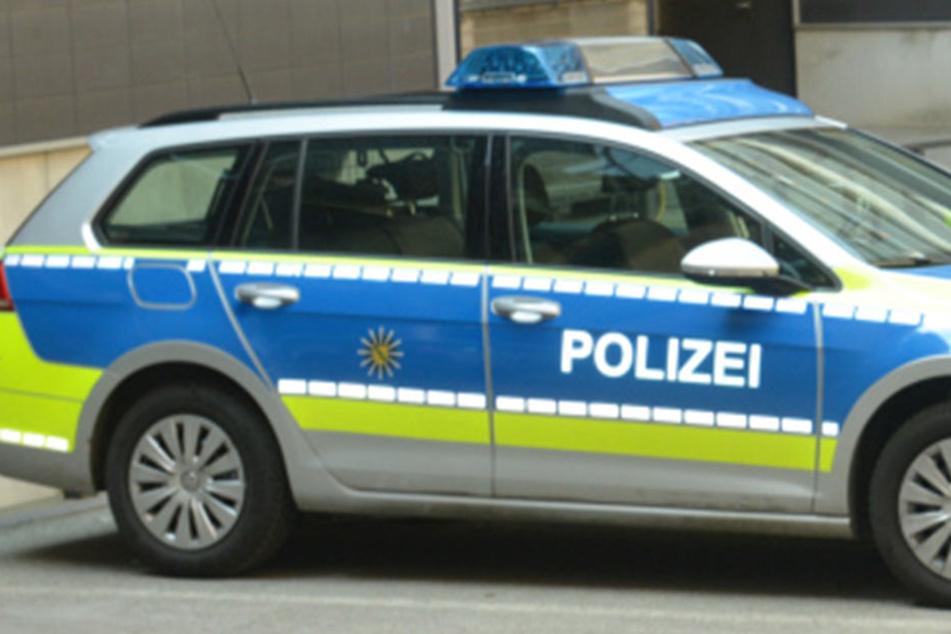 Nach Angaben der Polizei konnten die Mädchen abhauen.