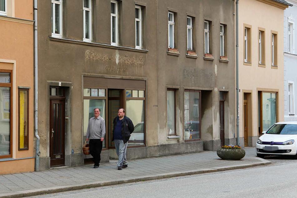 Die Chemnitzer Straße war neben dem Markt früher die Haupteinkaufsmeile. Jetzt stehen auch hier viele Läden leer.