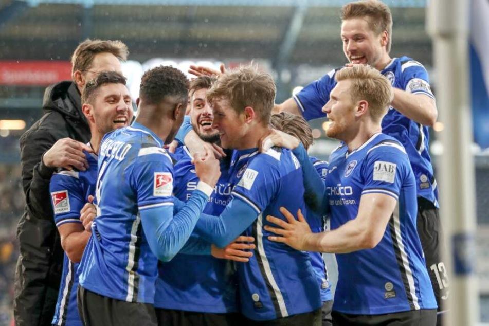 Auch dass Stephan Salger (links) kommende Saison noch mit den Arminen jubelt, ist möglich.