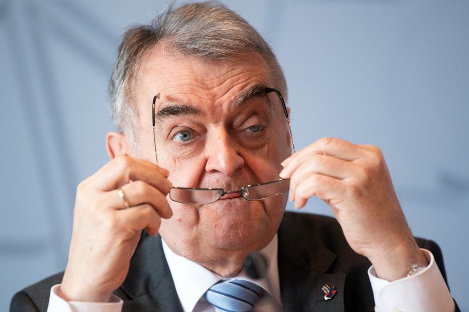 Herbert Reul (68, CDU), Innenminister von Nordrhein-Westfalen.