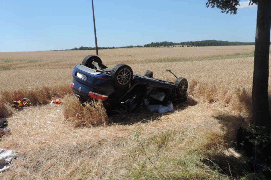 Gegen 11.40 Uhr kam es auf der Bundesstraße 242 zu dem Unfall zwischen dem Kleintransporter und zwei Autos.