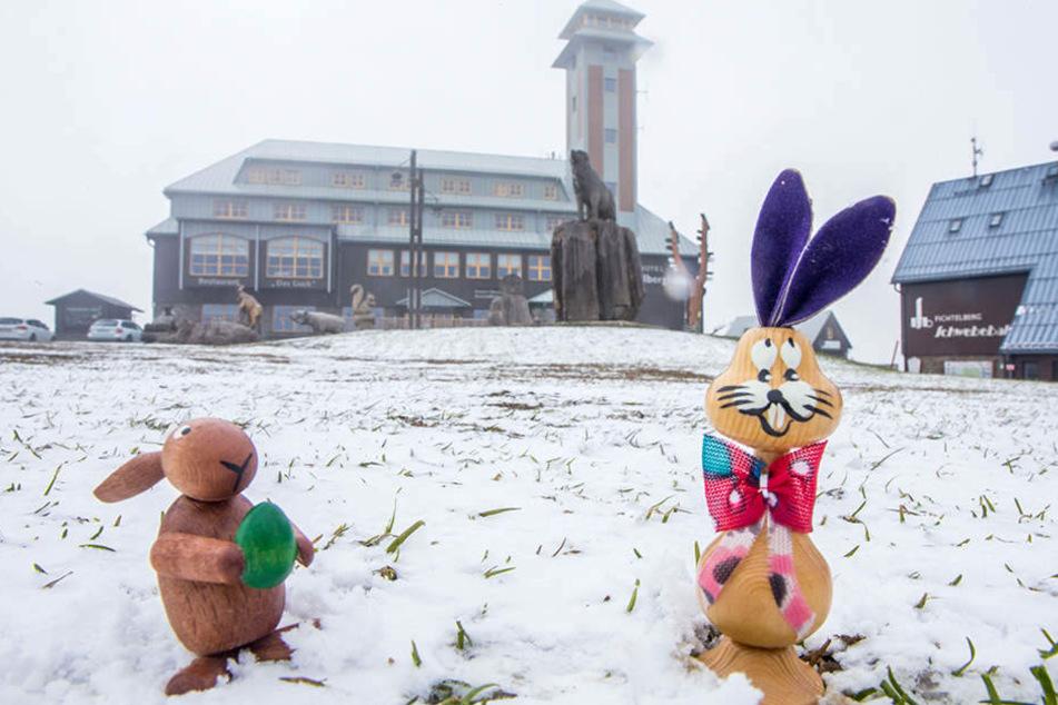 Auch 2017 gab es Schnee zu Ostern, wie hier auf dem Fichtelberg. (Archivbild)