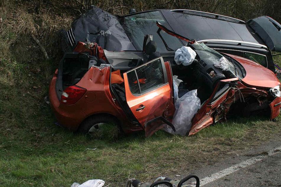 Massen-Karambolage! Heftiger Crash fordert elf Verletzte