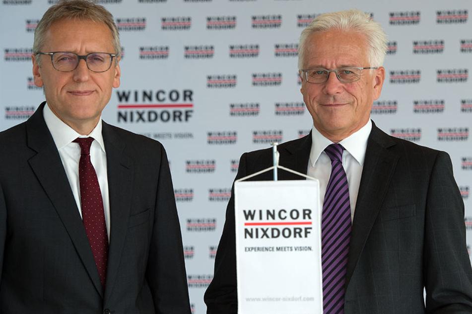 Jürgen Wunram (r.) übernimmt am 01. April das Amt des Vorstandschef von Eckhard Heidloff (r.).