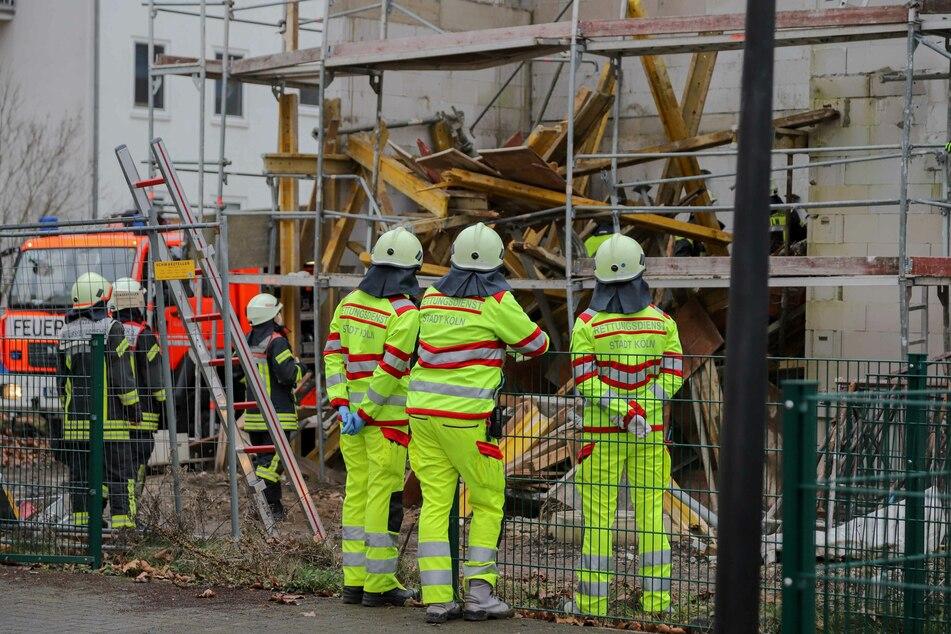 Bei dem Unfall wurde ein Bauarbeiter lebensgefährlich verletzt.