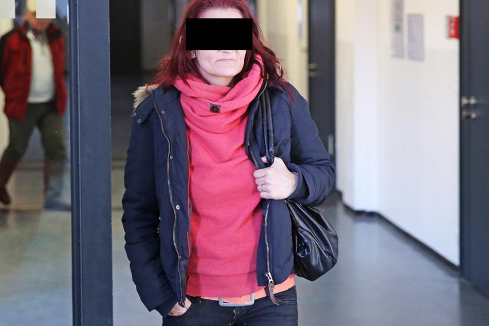 Ivonne H. (37) würdigte ihre Oma im Gericht keines Blickes.