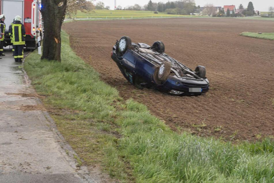 Auf der Pottschapplitzer Straße bei Stacha kam es am Sonntagmittag zu einem Verkehrsunfall.