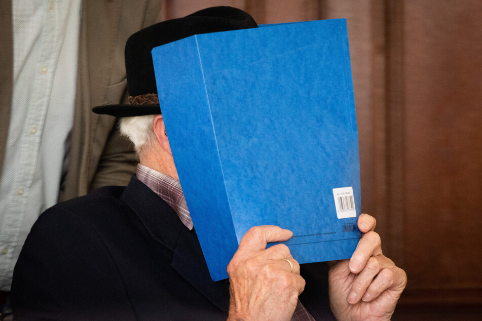 Ehemaliger SS-Wachmann Bruno D. (93) soll drei Jahre hinter Gitter