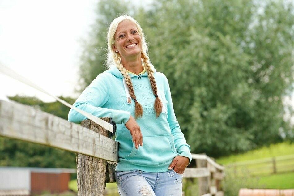 Bäuerin Denise ist die einzige Kandidaten-Frau der diesjährigen Staffel.