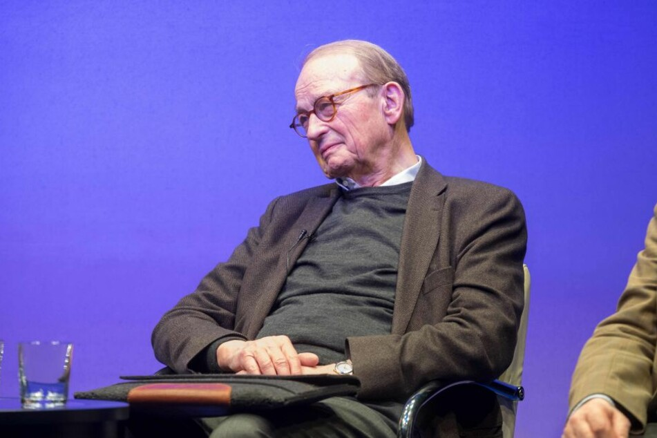 Auch Hans Otto Bräutigam (87), der frühere Ständige Vertreter der Bundesrepublik, war vor Ort.