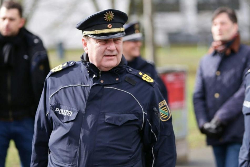 Leipzigs Polizeipräsident Bernd Merbitz zeigte sich im Gespräch mit TAG24 mit dem Demo-Tag zufrieden.